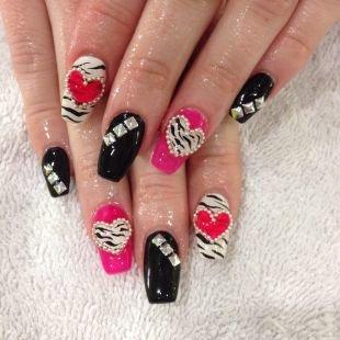 Рисунки блестками на ногтях, дизайн гелевых ногтей на 14 февраля