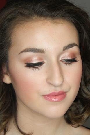 Свадебный макияж для голубых глаз и русых волос, идеальный повседневный макияж со стрелками