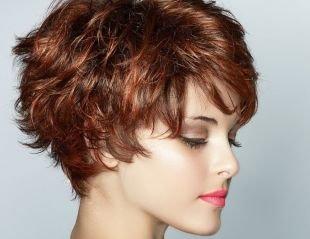 Темно медный цвет волос на короткие волосы, новогодняя прическа для коротких густых волос