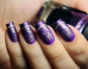Рисунки золотом на ногтях, модный френч на длинные ногти