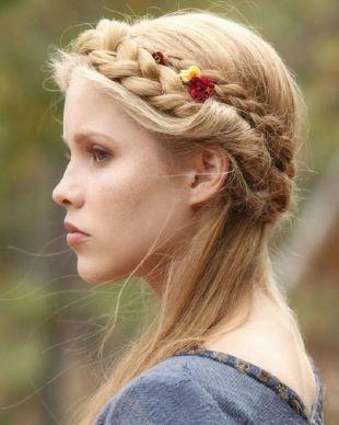 Быстрые прически на длинные волосы, оригинальная прическа с косой
