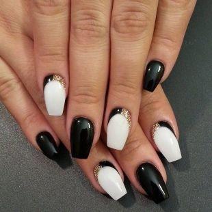 Черно-белый дизайн ногтей, черно-белый маникюр по фен-шуй
