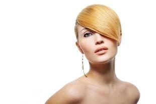 Элегантные прически на короткие волосы, стильная прическа на короткие волосы