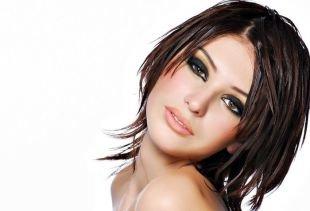 Стрижки и прически для тонких волос на средние волосы, быстрая укладка для тонких волос