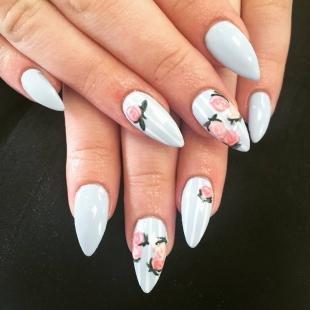 Китайская роспись ногтей, маникюр с розами на длинные ногти