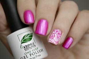 Маникюр с кружевами, розовый дизайн ногтей с наклейками