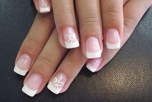 Дизайн ногтей френч, маникюр для невесты