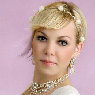 Свадебные прически с челкой на короткие волосы, оригинальная свадебная прическа на короткие волосы