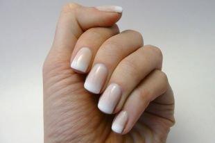 Дизайн ногтей шеллаком, натуральный френч