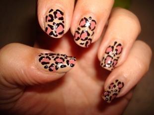 Бежевый маникюр, леопардовый маникюр