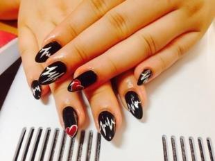 Рисунки на нарощенных ногтях, черный дизайн ногтей на 14 февраля
