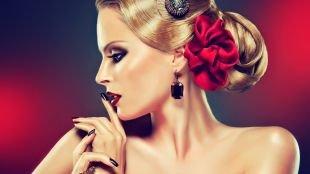 Прически в стиле 50 х годов, шикарная вечерняя прическа на средние и длинные волосы