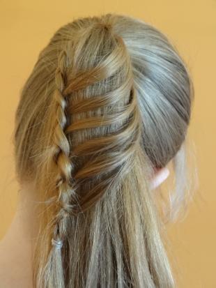 """Русый цвет волос на длинные волосы, оригинальный """"конский хвост"""" на каждый день"""
