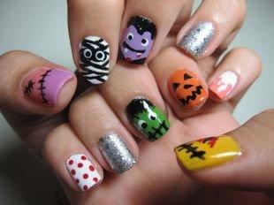 Рисунки смайлики на ногтях, веселый маникюр тематики хэллоуин