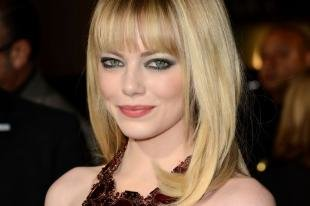 Макияж для блондинок к красному платью, вечерний макияж для серых глаз и светлой кожи