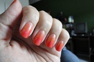 Обрезной маникюр, градиентный оранжевый маникюр