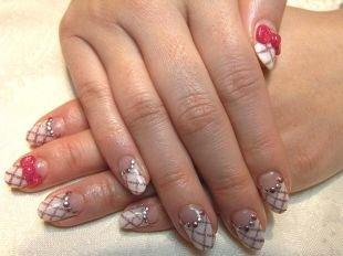 Рисунки на белом ногте, лунный маникюр со стразами и розовыми бантиками