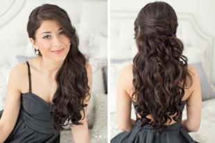Темно шоколадный цвет волос на длинные волосы, прическа с распущенными волосами на день рождения