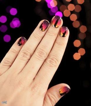 Осенние рисунки на ногтях, градиентный маникюр тремя лаками с черным рисунком