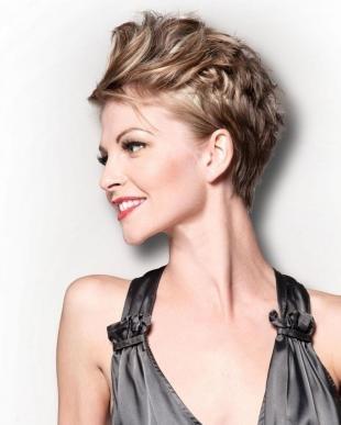 Стрижки и прически на короткие волосы, короткая стрижка для женщин после 40 лет