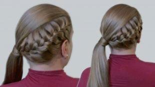 Натурально русый цвет волос, прически на 1 сентября - колосок, заплетенный сбоку