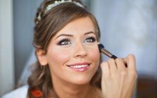 Нежный свадебный макияж, свадебный макияж для зеленых глаз с перламутровыми тенями